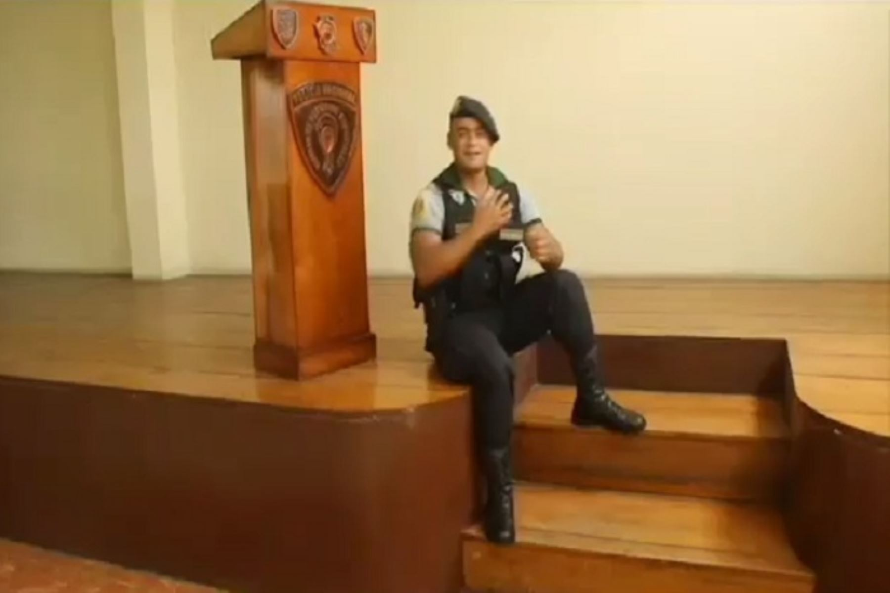 Estado de emergencia: Policía graba canción para pedir a trujillanos quedarse en casa