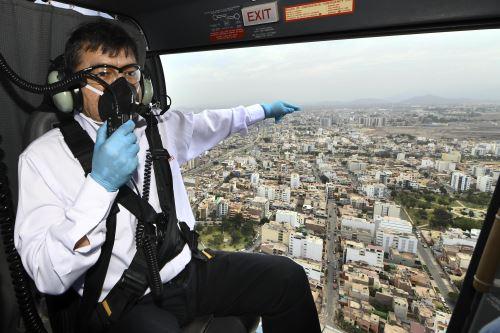 Ministro del Interior sobrevuela zonas de Lima y Callao para supervisar el cumplumiento de  Inmovilización Social