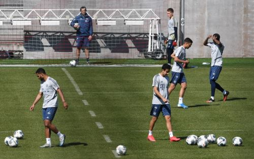 Bayern Múnich regresó a los entrenamientos al aire libre con algunas normativas de seguridad para evitar contagio del coronavirus