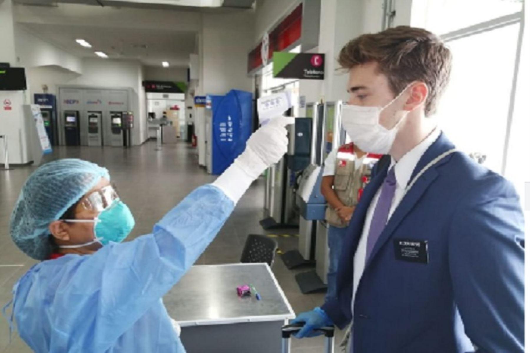 Búsqueda de casos sospechosos de coronavirus se realizó en el aeropuerto de Piura Capitán FAP Guillermo Concha Iberico