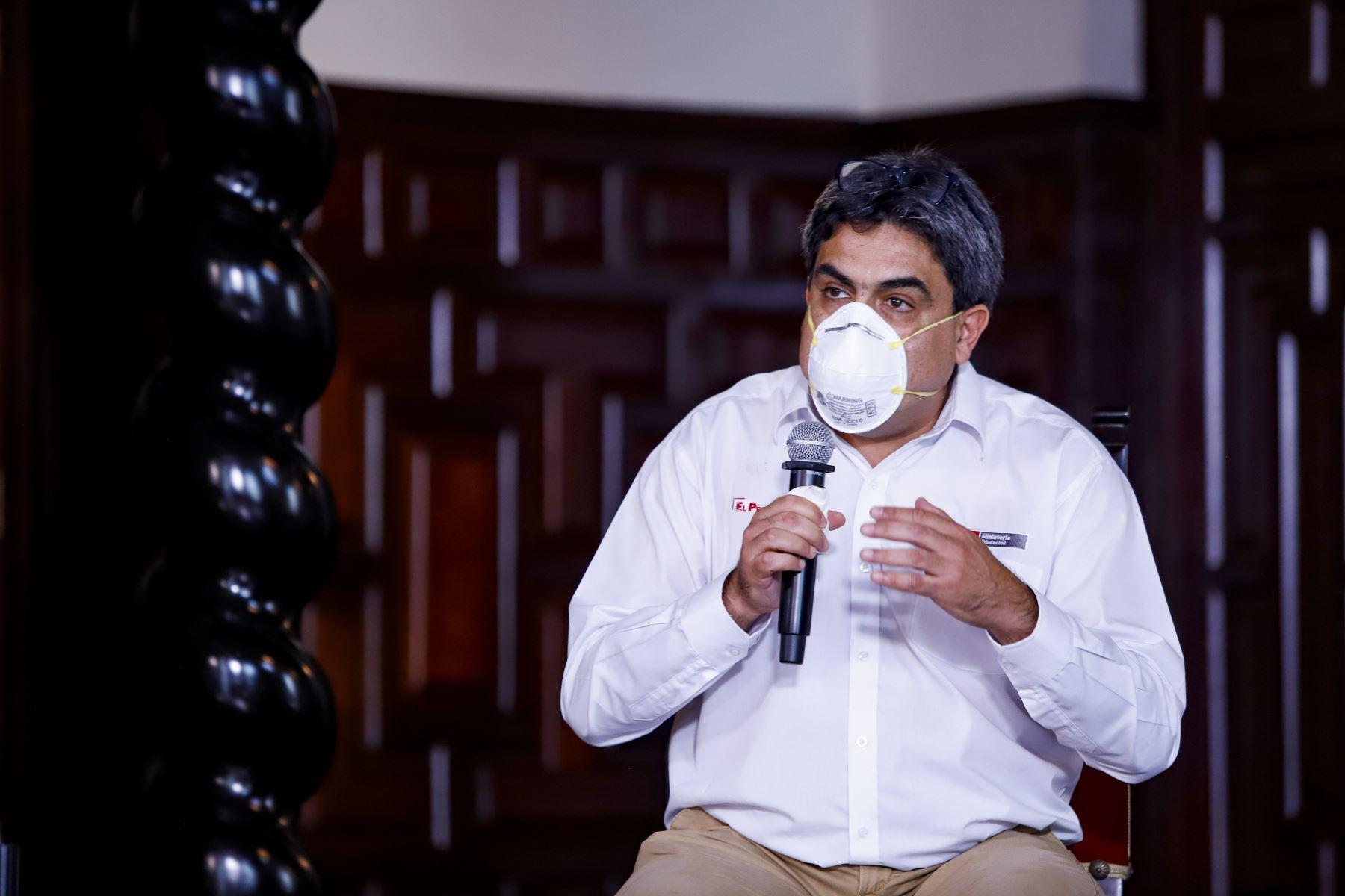 Ministro de Educación Martín Benavides ,informa sobre medidas adoptadas de su sector ante la emergencia nacional por el coronavirus. Foto: ANDINA/ Prensa Presidencia