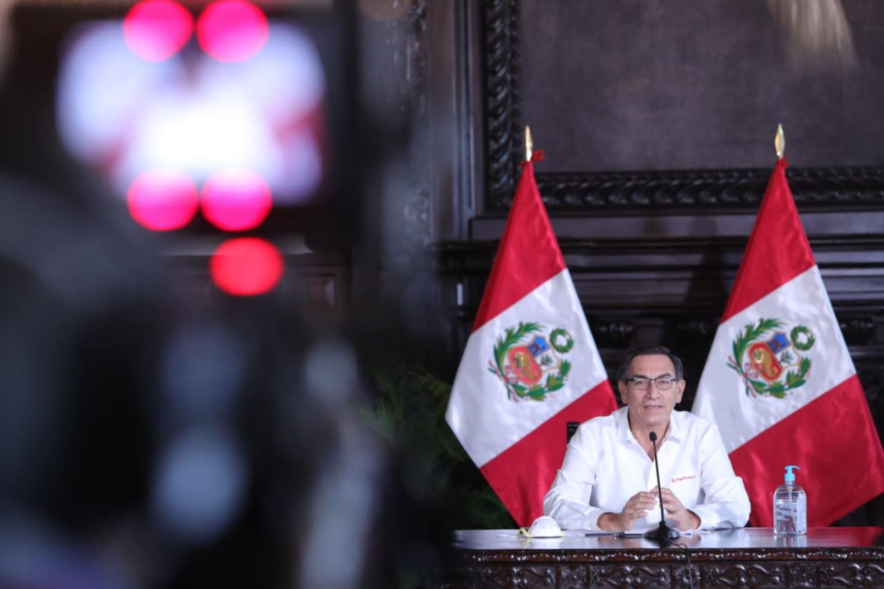 El presidente Martín Vizcarra informa sobre las medidas adoptadas por el Gobierno en el marco del estado de emergencia nacional por el coronavirus (covid-19). Foto: ANDINA/ Prensa Presidencia