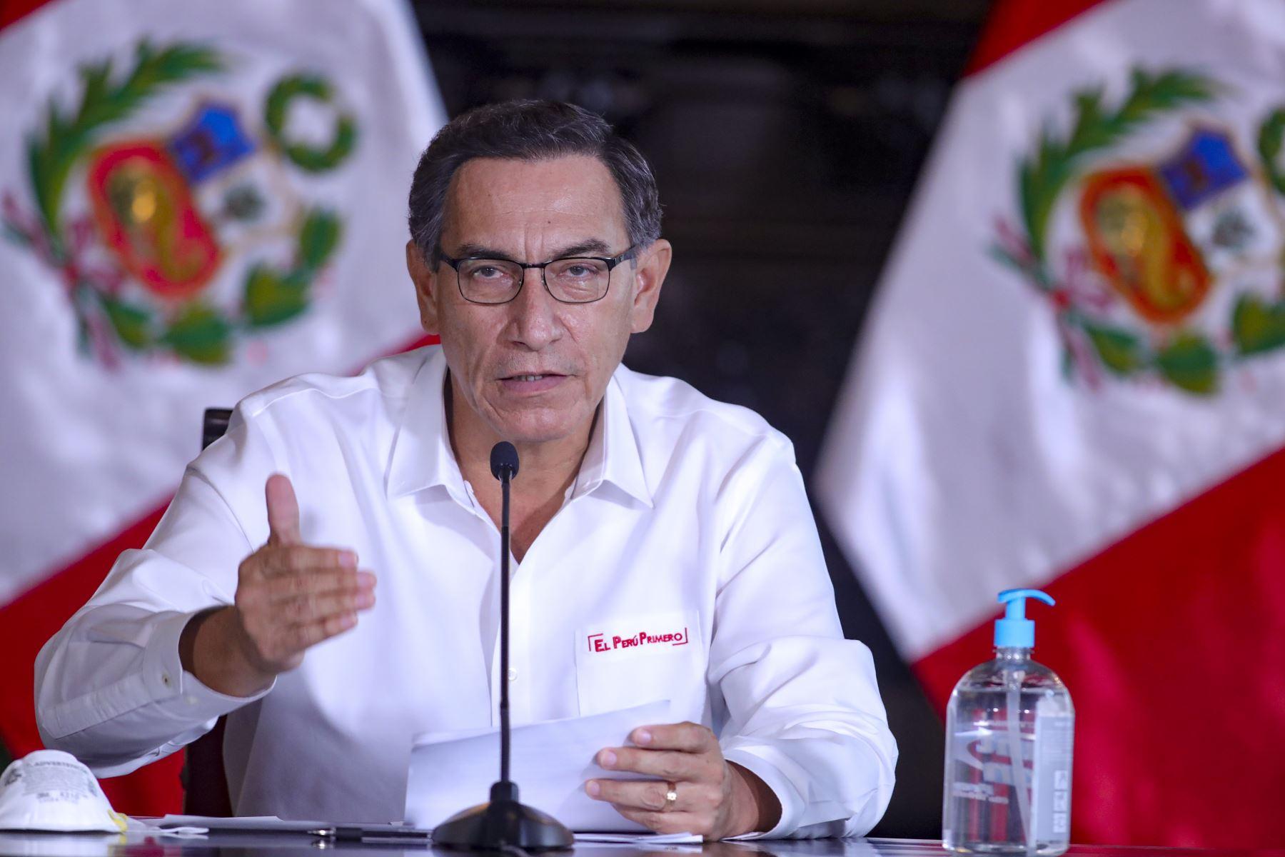 El presidente Martín Vizcarra informó sobre las medidas adoptadas por el Gobierno en el marco del estado de emergencia nacional por el coronavirus (covid-19). Foto: ANDINA/ Prensa Presidencia