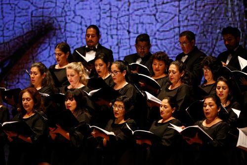 Misa Andina por la programación del Gran Teatro Nacional.