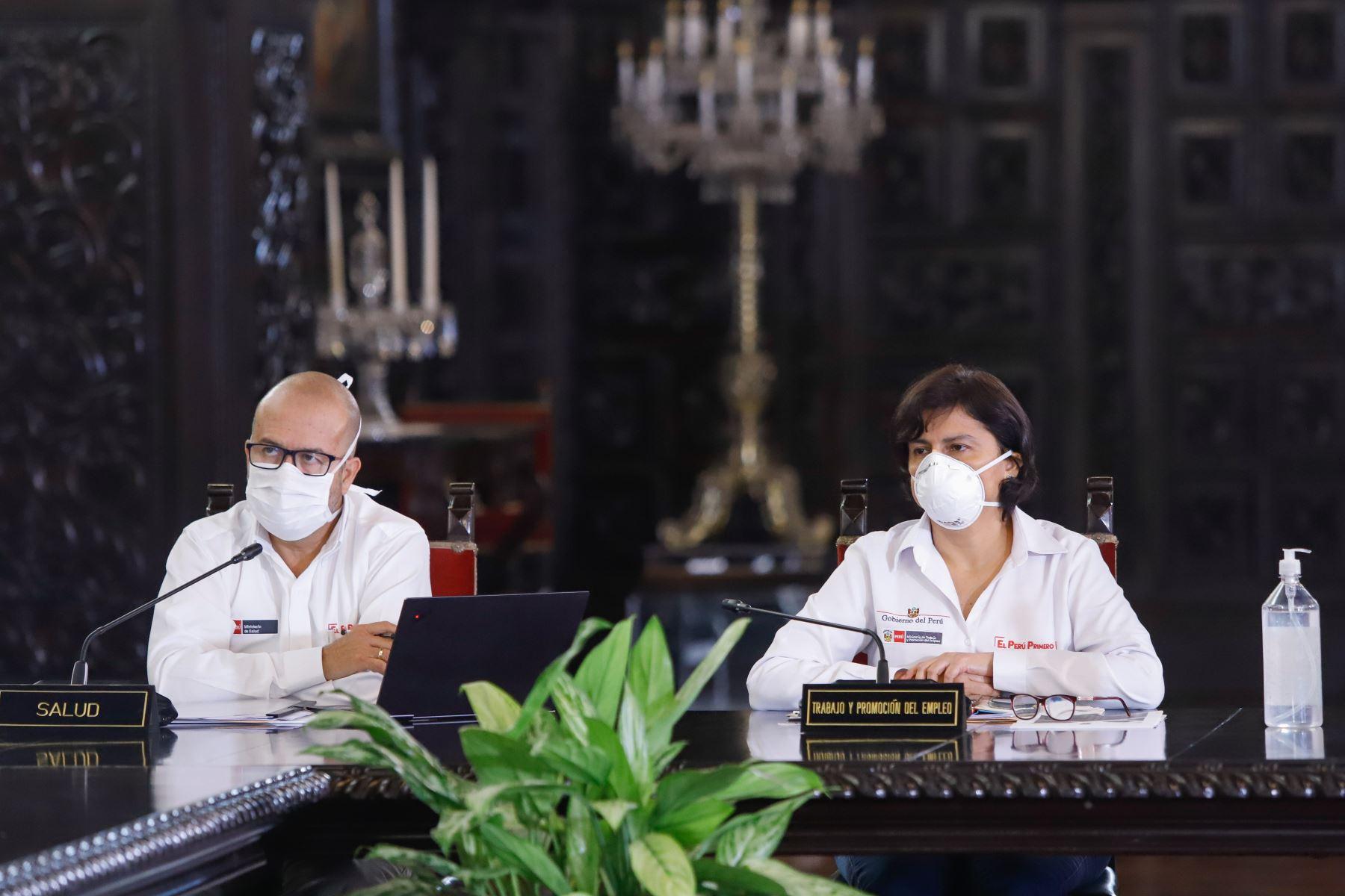 Ministra de Trabajo, Sylvia Cáceres  informa sobre diferentes medidas adoptadas por su sector, en el marco del estado de emergencia nacional por el coronavirus .  Foto: ANDINA/ Prensa Presidencia