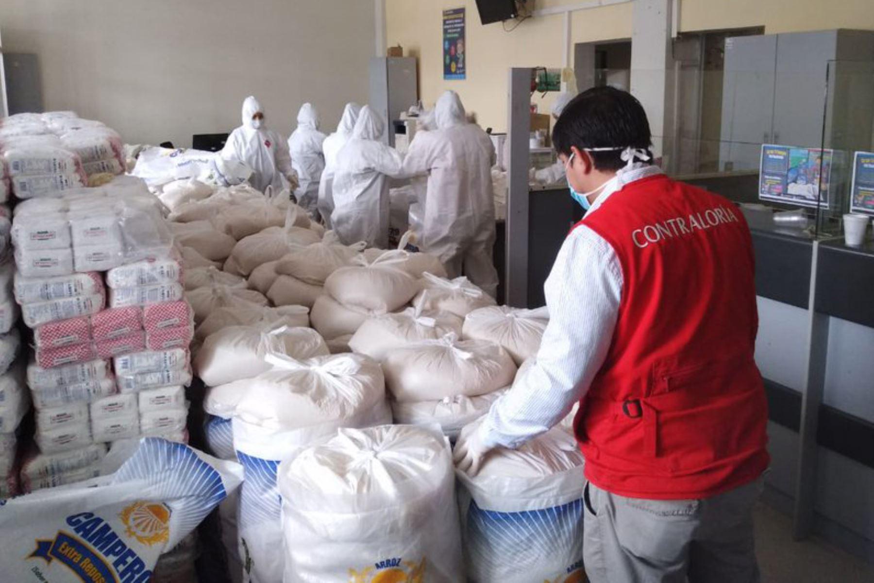 Auditores de la Contraloría visitan Municipalidad Provincial de Chachapoyas que recibió S/ 200 mil para compra y entrega de canastas de víveres a familias vulnerables por COVID19 durante el  Mega Operativo Emergencia sanitaria.  Foto:ANDINA/Difusión