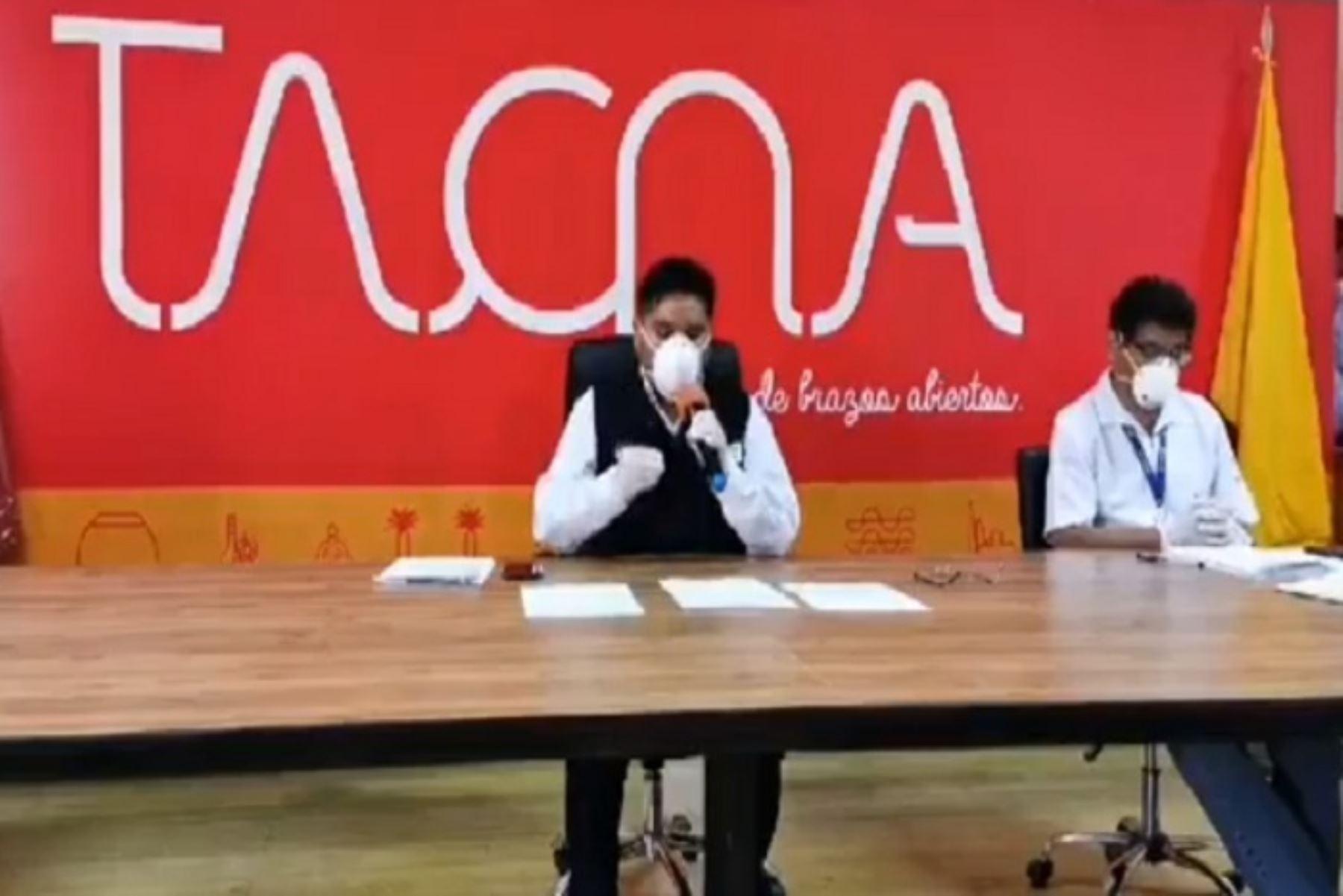 Más de 70 extranjeros permanecerán albergados en el estadio Jorge Basadre de Tacna durante el estado de emergencia.