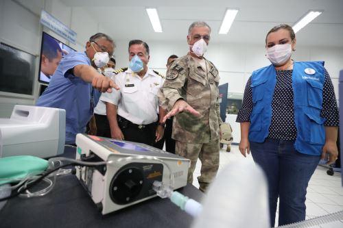 La Marina de Guerra entregó 10 respiradores mecánicos repotenciados a Essalud para el tratamiento de pacientes con coronavirus