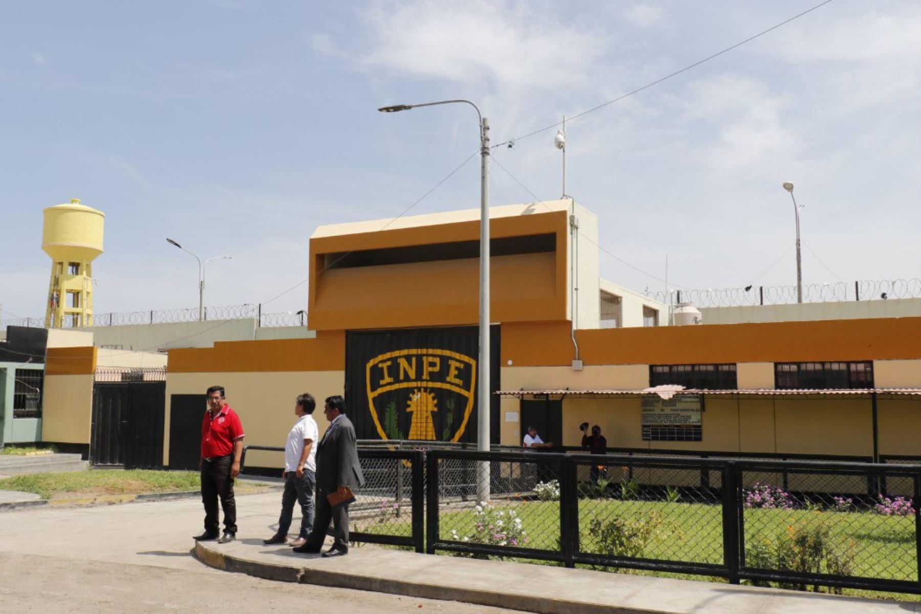 Fachada del penal Cambio Puente en Chimbote. ANDINA/Difusión
