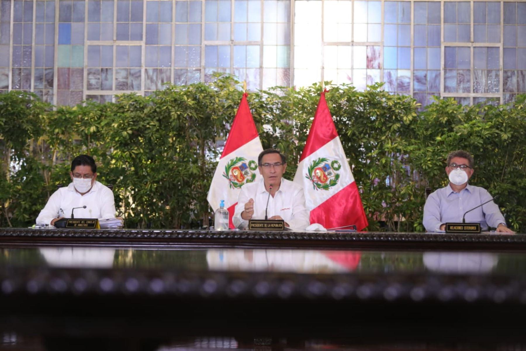 El presidente Martín Vizcarra informa a la ciudadanía los avances de las medidas adoptadas por el estado de emergencia nacional decretado para contener el avance del coronavirus. Foto: ANDINA/Prensa Presidencia