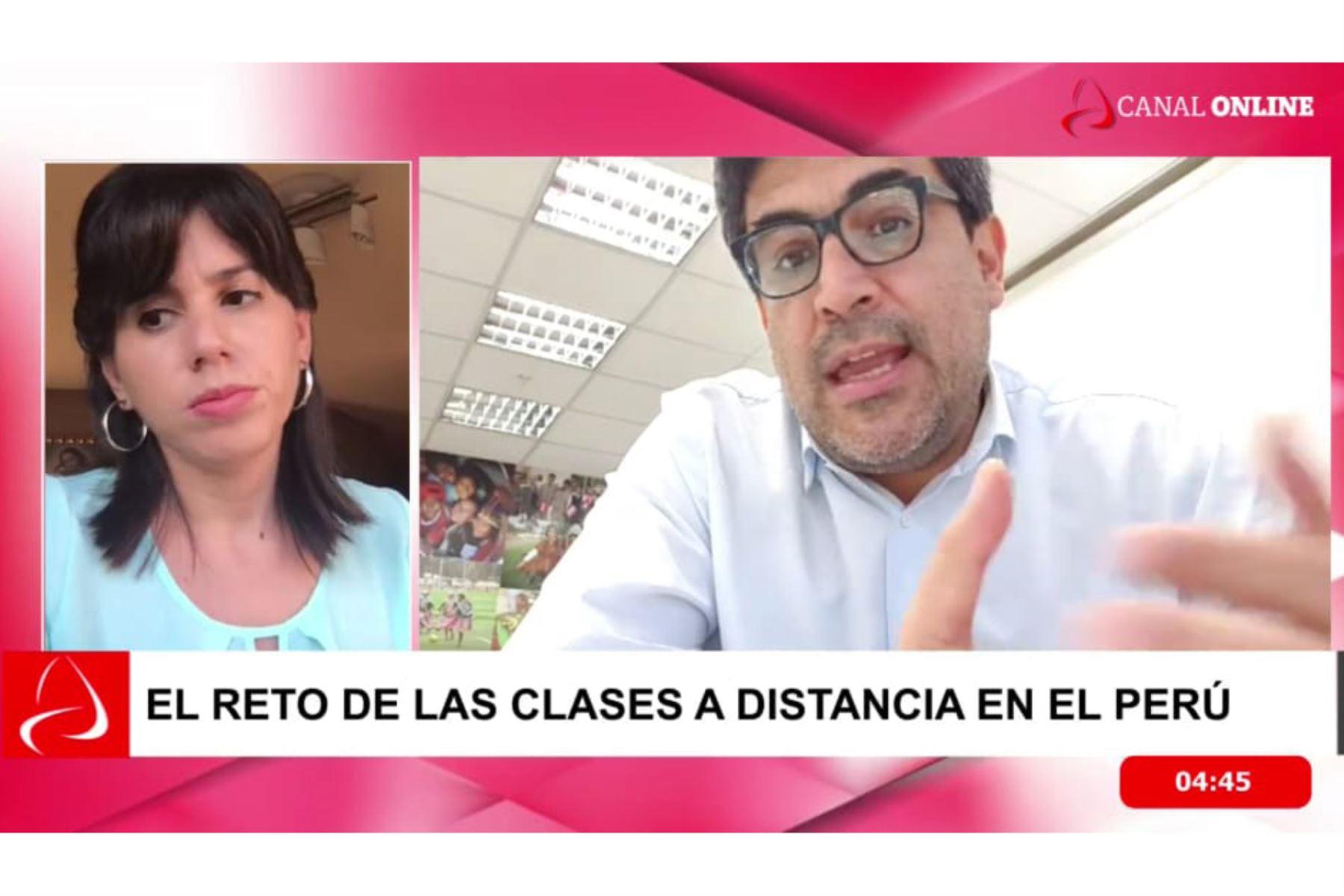 El ministro de Educación, Martín Benavides, en entrevista en línea con la Agencia Andina. ANDINA/Difusión