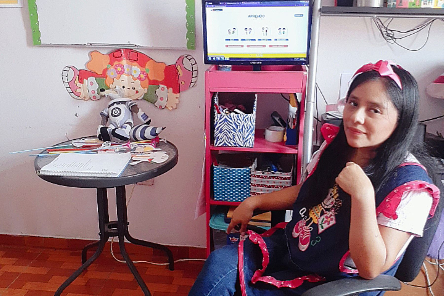 Profesora de primaria de IE 107 Daniel Alcides Carrión de UGEL N06, Rocío Montalvo Montes apuesta por educación digital, y ya tiene buenos resultados. ANDINA/Difusión