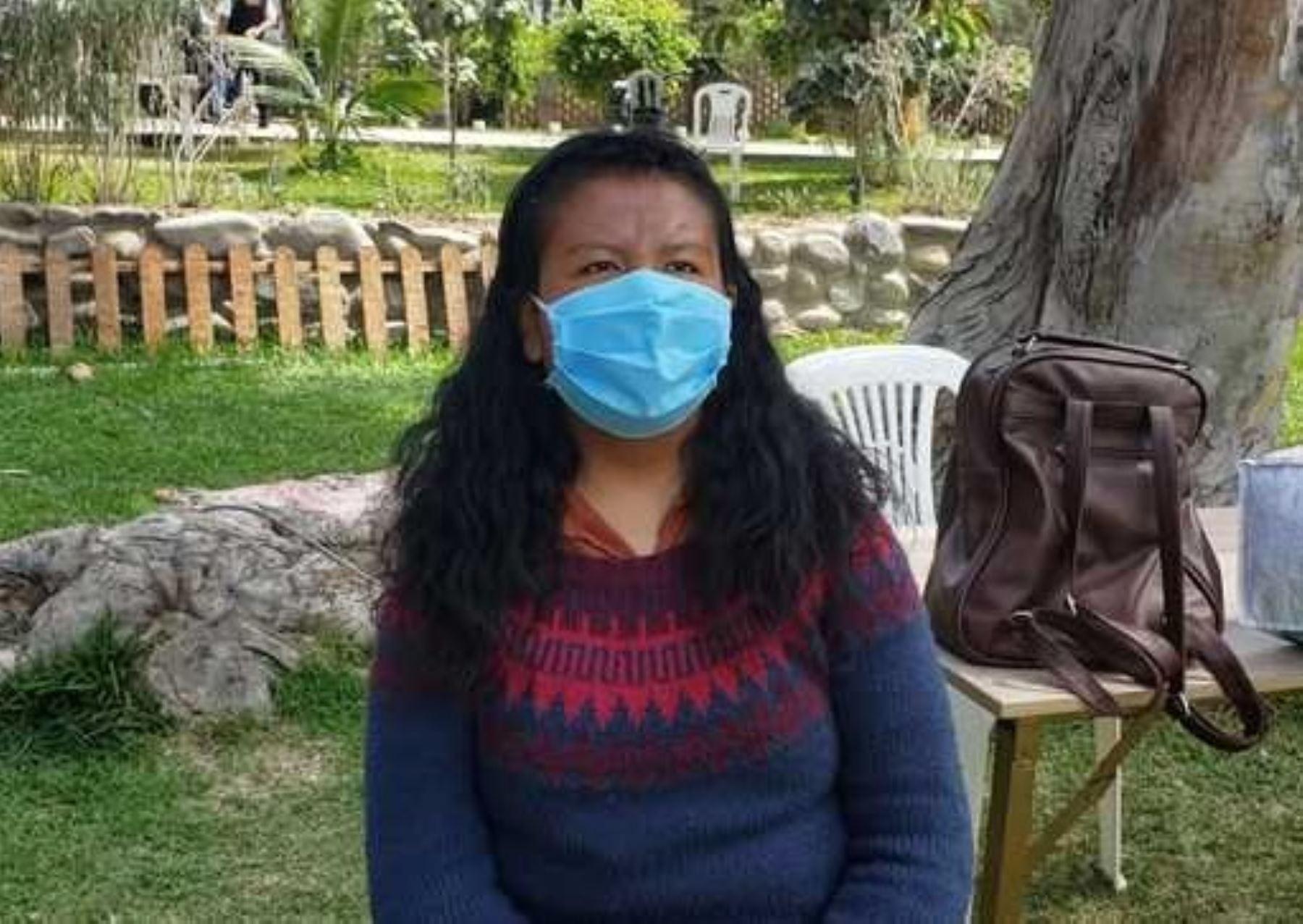 Conoce la dura travesía que vivió Adriana Condori, la joven puneña que llegó a Huampaní luego de quedarse sin dinero ni lugar dónde vivir.