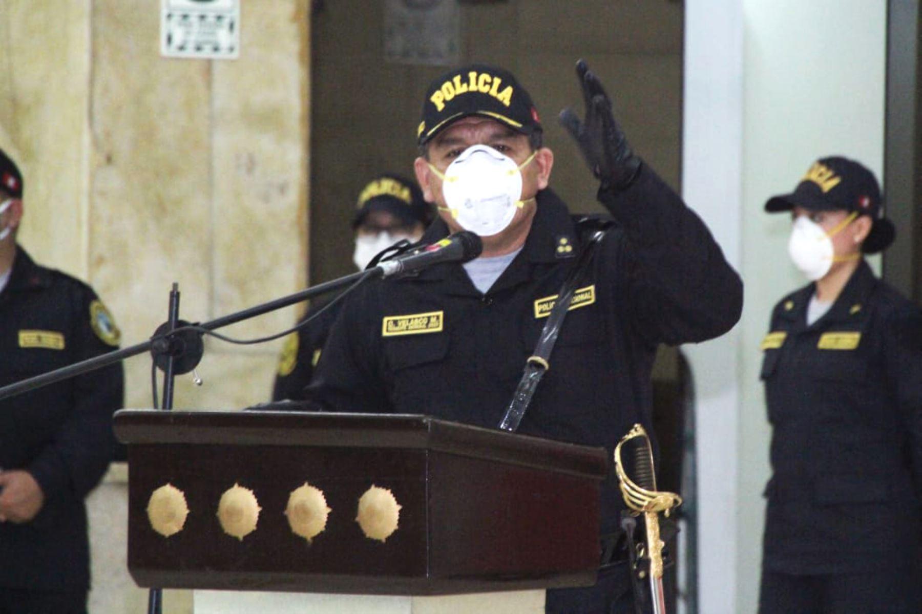 Comandante general de la Policía Nacional dio positivo al covid-19 | Noticias