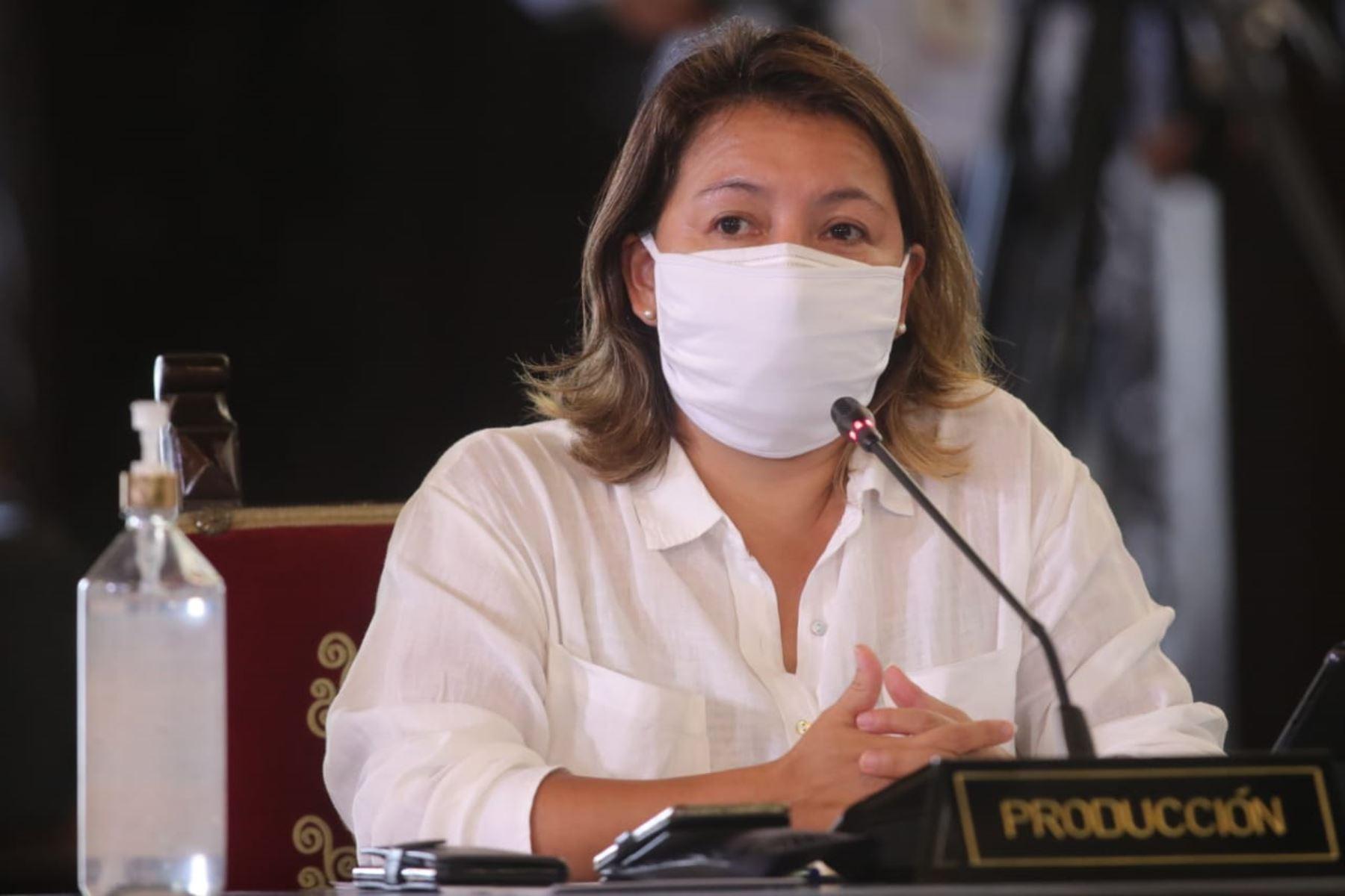 La Ministra de la Producción Rocío Barrios informa las medidas adoptadas por  su sector, en el marco del estado de emergencia nacional por el coronavirus (covid-19). Foto: ANDINA/ Prensa Presidencia
