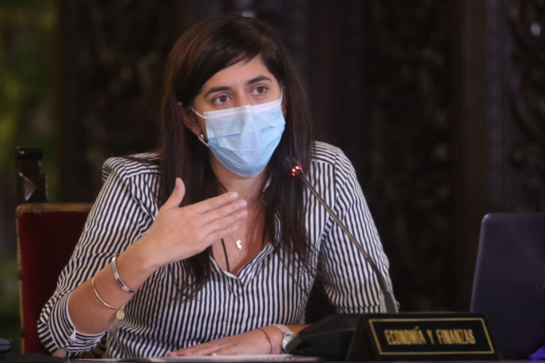 La Ministra de Economía María Antonieta Alva  informa las medidas adoptadas por  su sector, en el marco del estado de emergencia nacional por el coronavirus (covid-19). Foto: ANDINA/ Prensa Presidencia