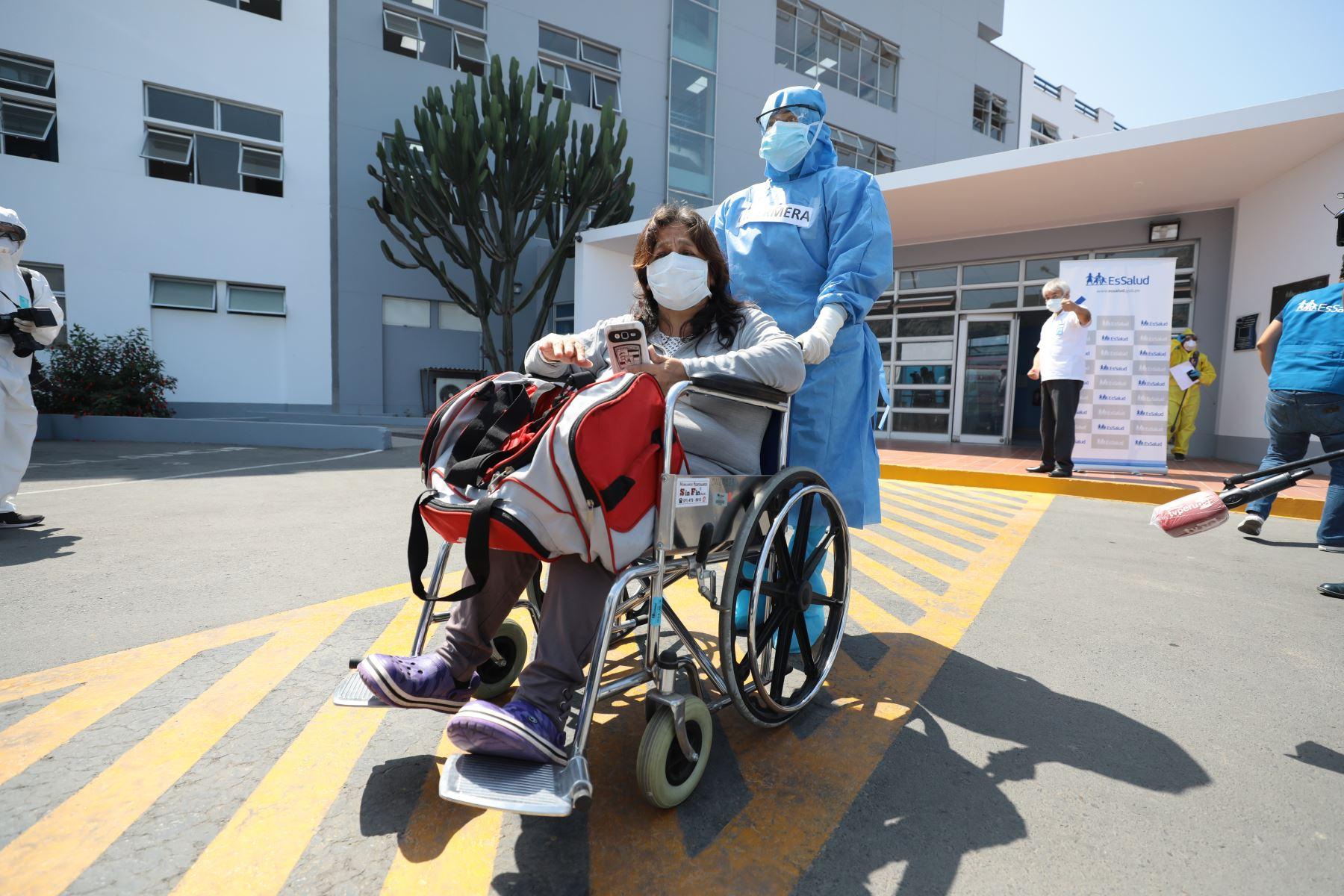 En Perú, 221,008 personas vencieron el covid-19 y pudieron retornar a sus hogares, según el reporte oficial del Minsa. Foto: ANDINA/Difusión