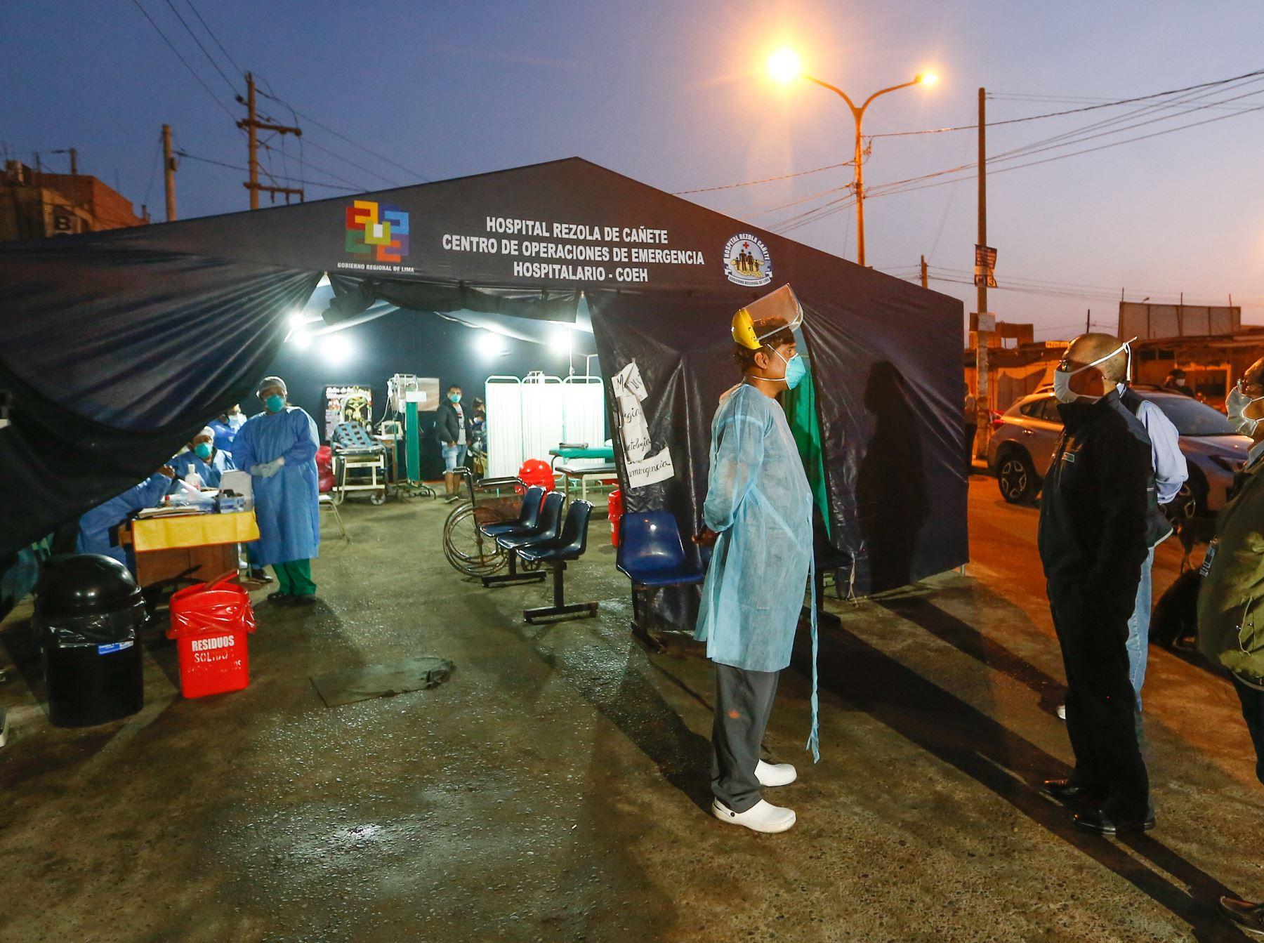 El ministro de Salud, Víctor Zamora, informó que se redoblarán las labores para enfrentar el dengue en la región Ica. Foto: ANDINA/Difusión