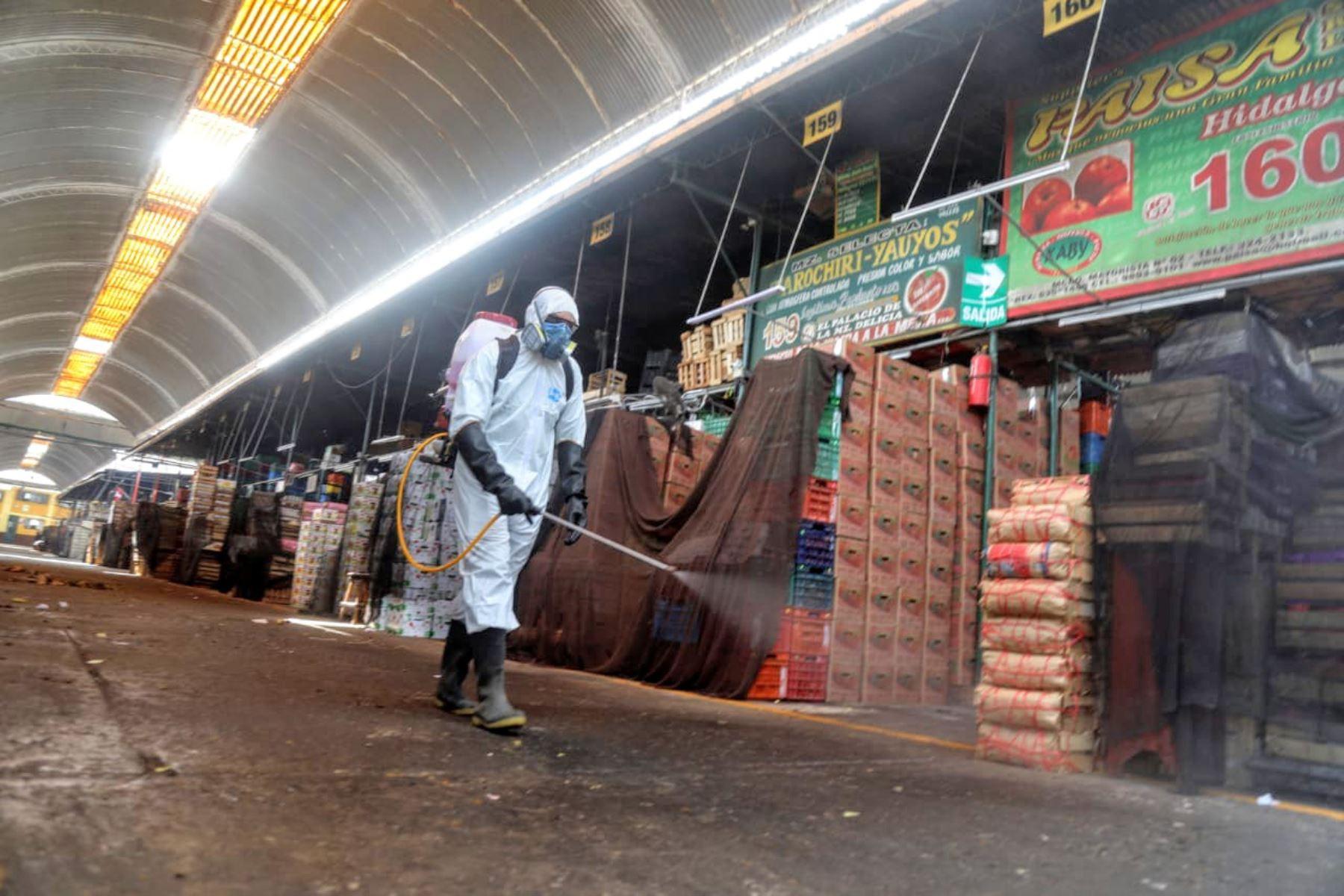 Mercado Mayorista de Frutas, en el distrito limeño de La Victoria. ANDINA