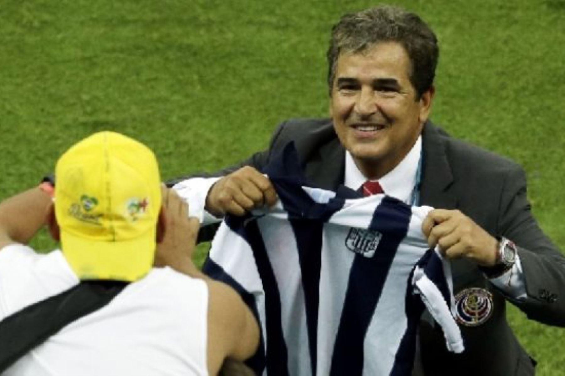 La prensa del país informó que el técnico colombiano firmó por dos años. ANDINA/Difusión