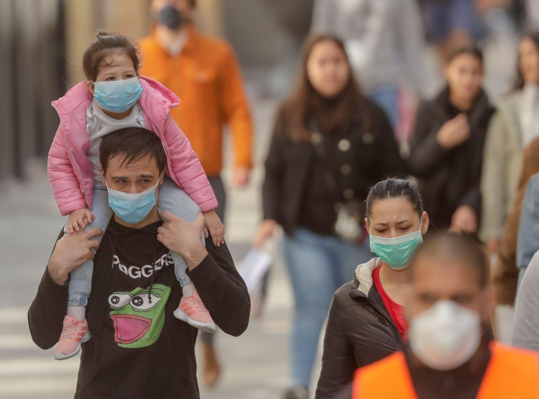 Chile prolonga megacuarentena en Santiago tras nuevo pico de casos ...
