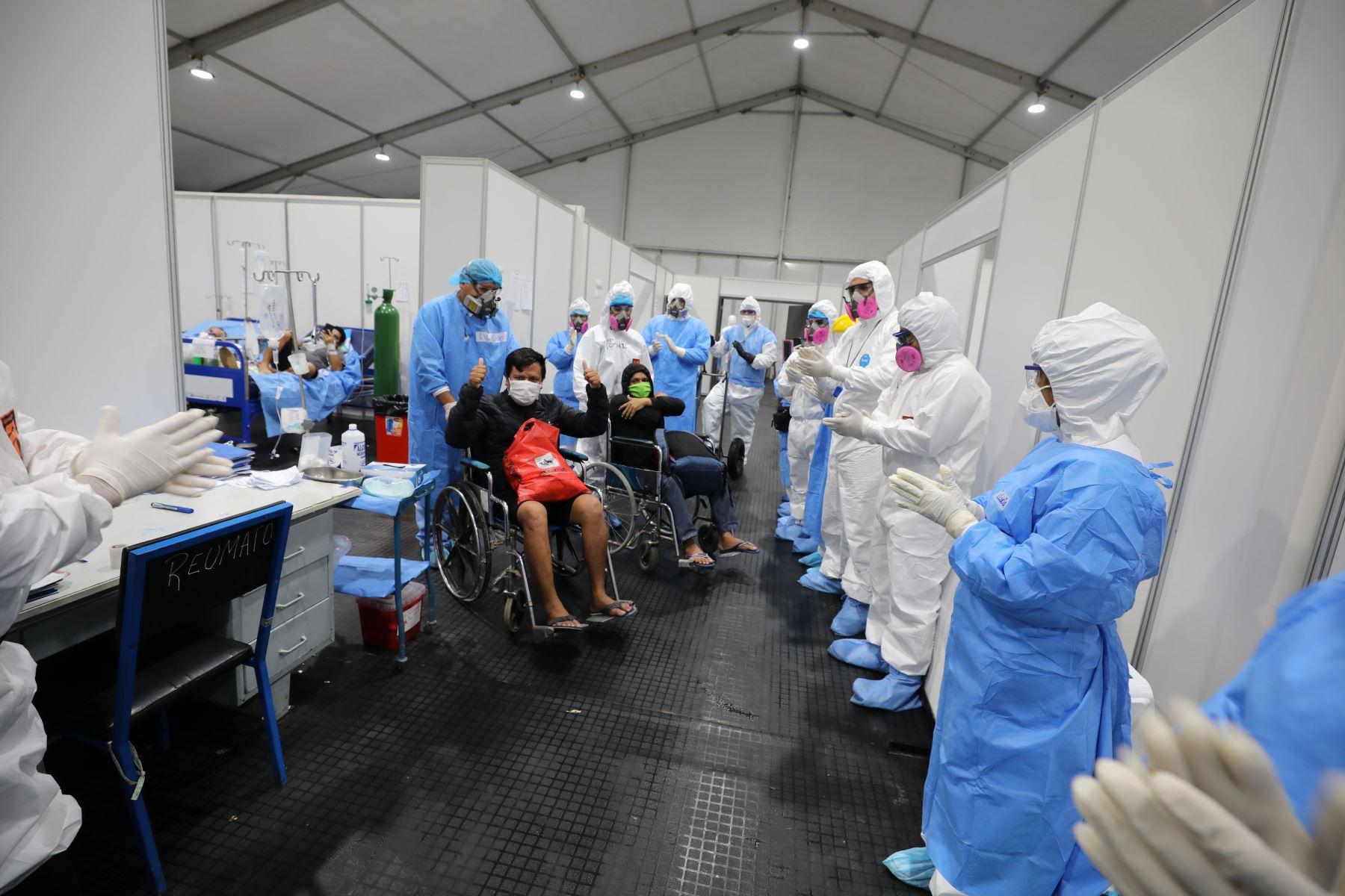 Pacientes son dados de alta en hospital blanco de Iquitos.Foto:ANDINA /Essalud