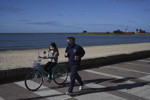 Coronavirus: Uruguay, el país que con 20 fallecidos va venciendo al COVID-19