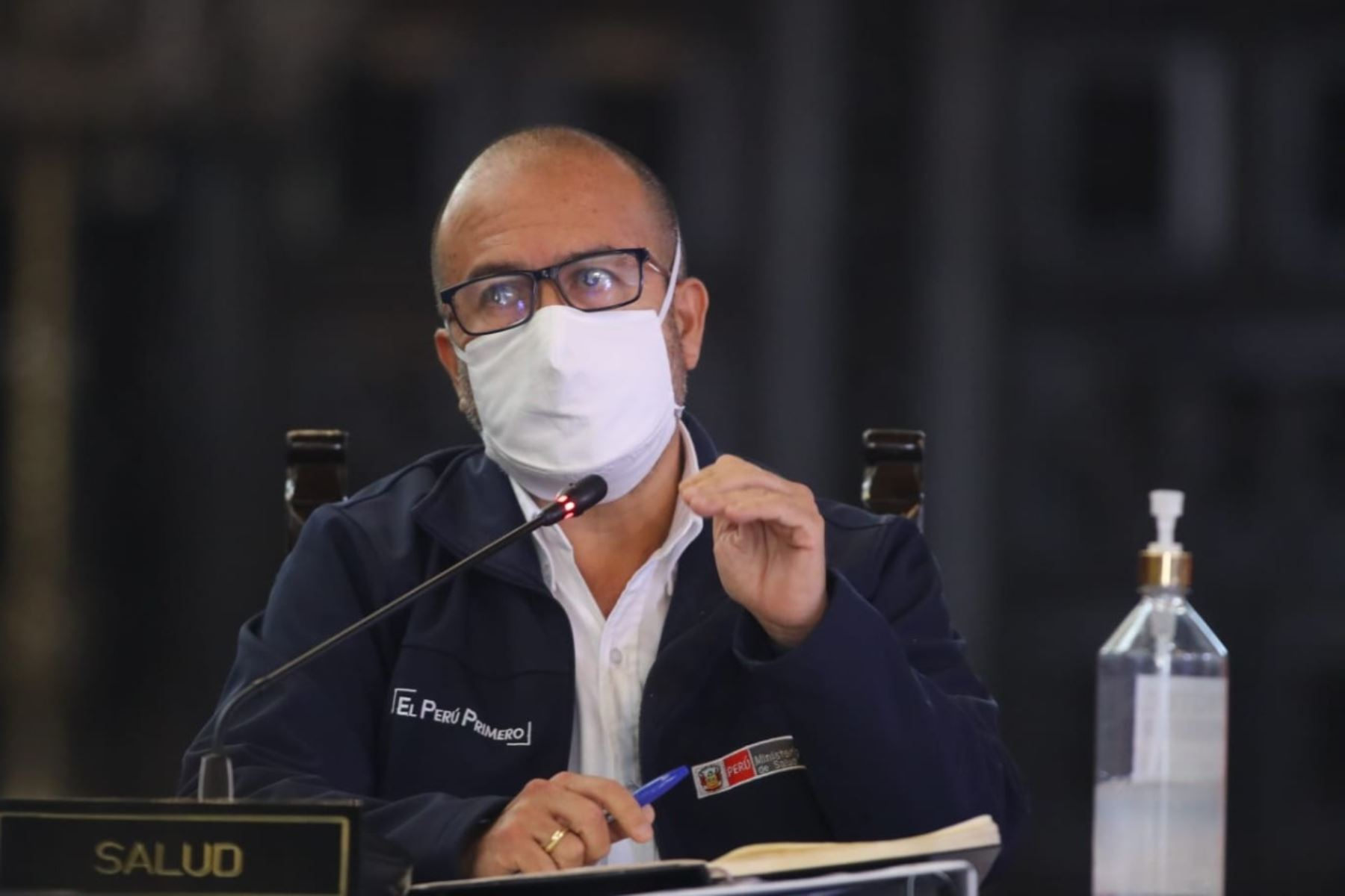 El ministro de Salud , Víctor Zamora participa en la conferencia sobre las medidas adoptadas por el Gobierno en el marco del estado de emergencia nacional por el covid-19.  Foto: ANDINA/Prensa Presidencia