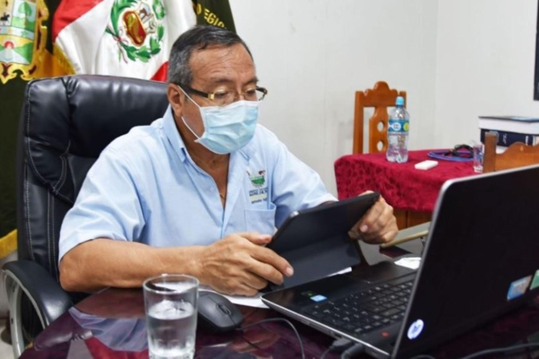 El gobernador regional de Madre de Dios, Luis Hidalgo, pidió no bajar la guardia y, por el contrario, redoblar las medidas de bioseguridad. Foto: ANDINA/Difusión