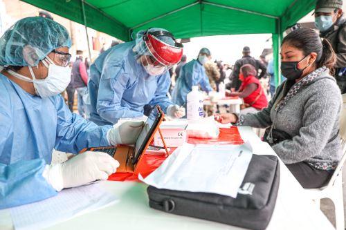 Coronavirus: Ministerio de Transportes y ATU  lideran operativo en la estación Villa María de la Línea Uno para constatar la toma de pruebas rápidas