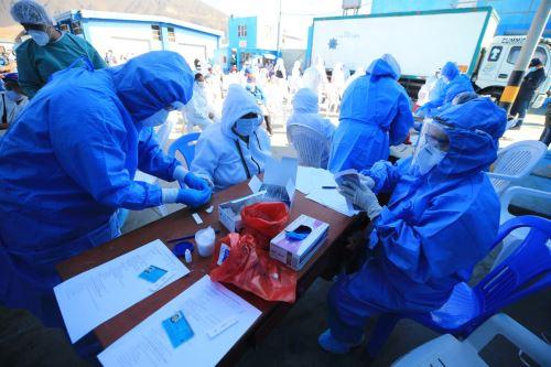 Coronavirus: 50% de vendedores de desembarcadero pesquero de Chimbote dan positivo a la prueba rápida