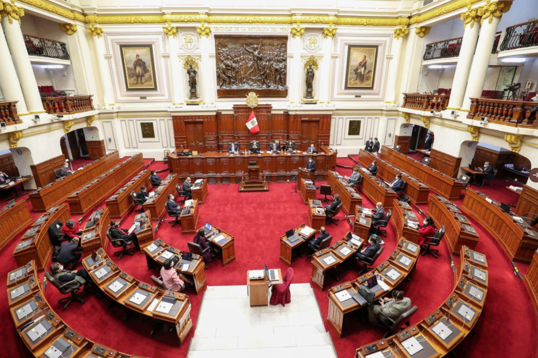 Jefe del Gabinete, Vicente Zeballos, se presenta en sesión del Congreso. Foto: ANDINA/PCM