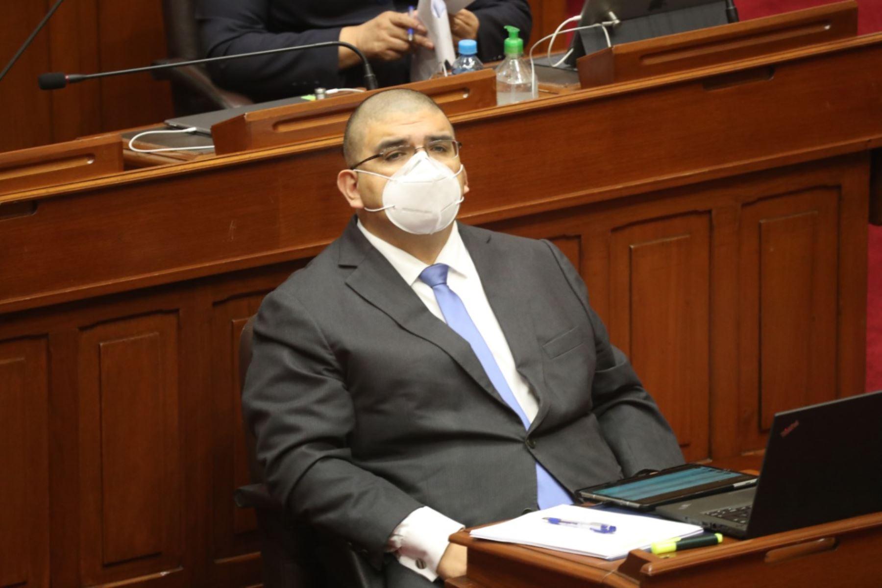 Fernando Castañeda, ministro de Justicia en sesión del Congreso. Foto: ANDINA/PCM