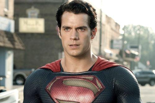 Henry Cavill se plantea volver a ser Superman para Warner Bros.