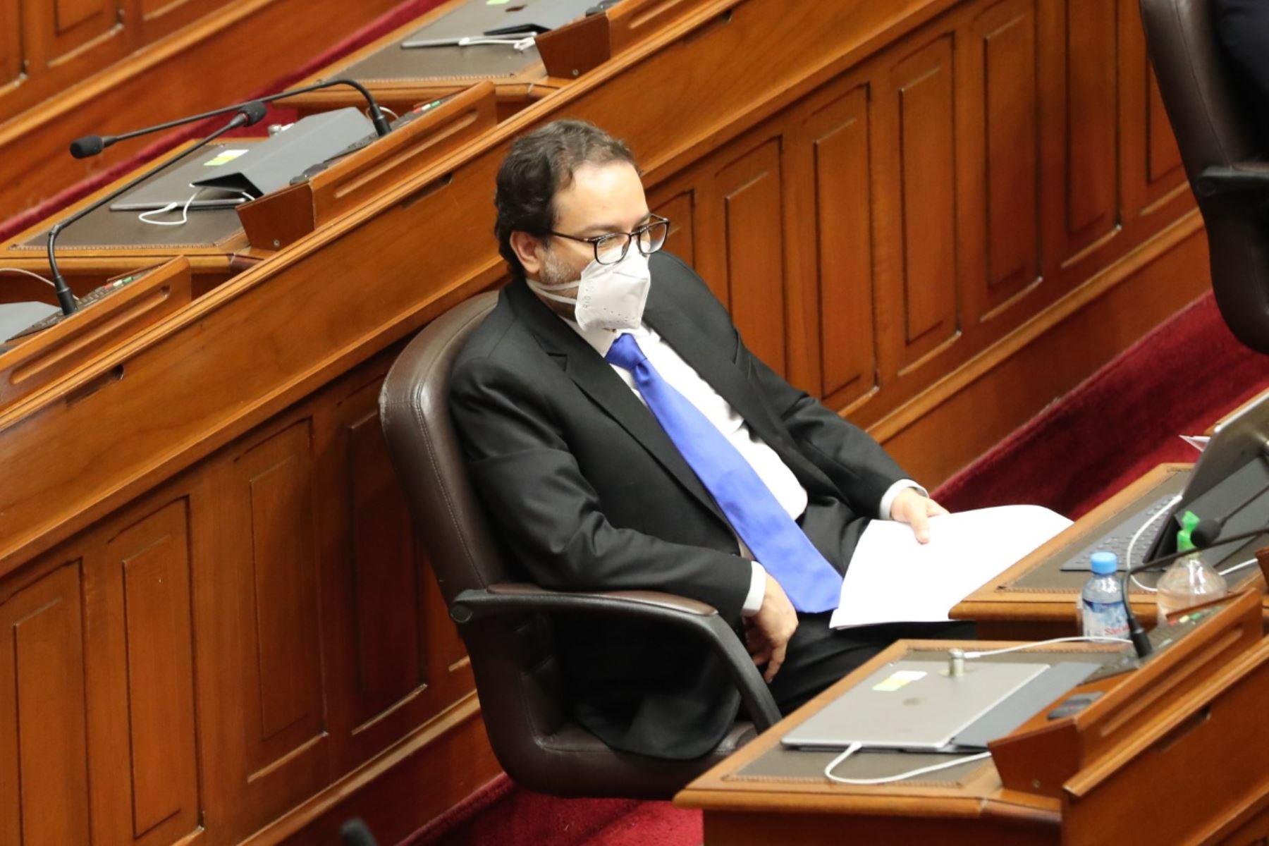 Ministro de Comercio Exterior y Turismo, Edgar Vásquez, en sesión del Congreso. Foto: ANDINA/PCM
