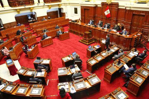 Jefe de Gabinete Vicente Zeballos y ministros acuden al Congreso de la República