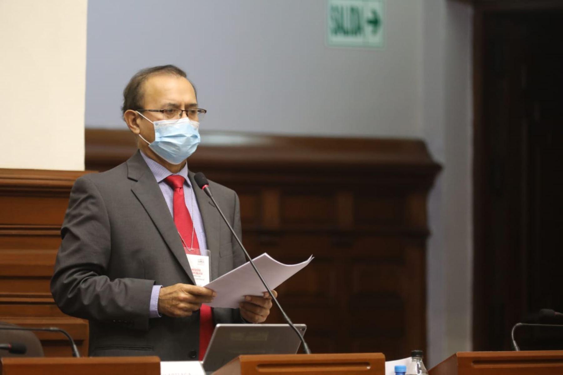 Congresista de Acción Popular, Otto Guibovich, de Acción Popular participa en sesión del Congreso. Foto: ANDINA/Congreso de la República