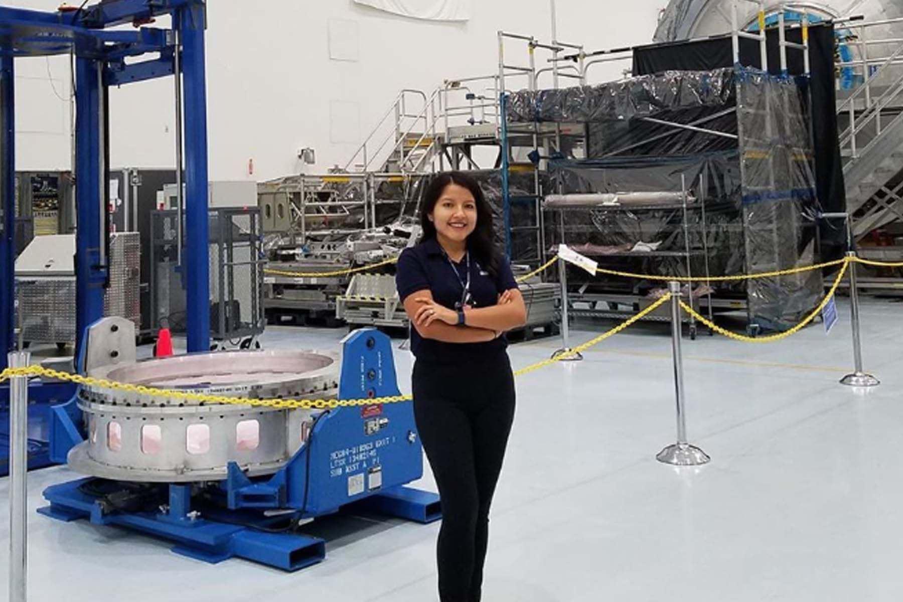 La ingeniera peruana Rosa Ávalos-Warren es gerente de misión de la red de comunicaciones y rastreo para vuelo espacial tripulado en el Centro de vuelo espacial Goddard de la NASA. Foto: NASA/Instagram