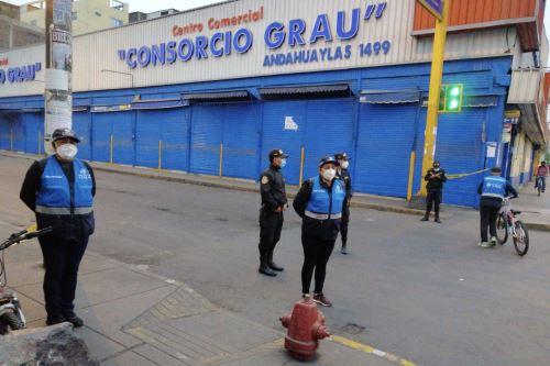Serenazgo de Lima resguarda av. Grau y alrededores para evitar comercio informal