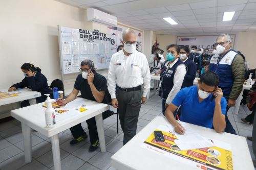 Coronavirus: Ministro de Salud inspecciona Centro de Comando COVID-19 de la DIRIS Lima Este