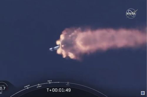 La NASA y SpaceX lanzan con éxito la nave Crew Dragon a la Estación Espacial Internacional