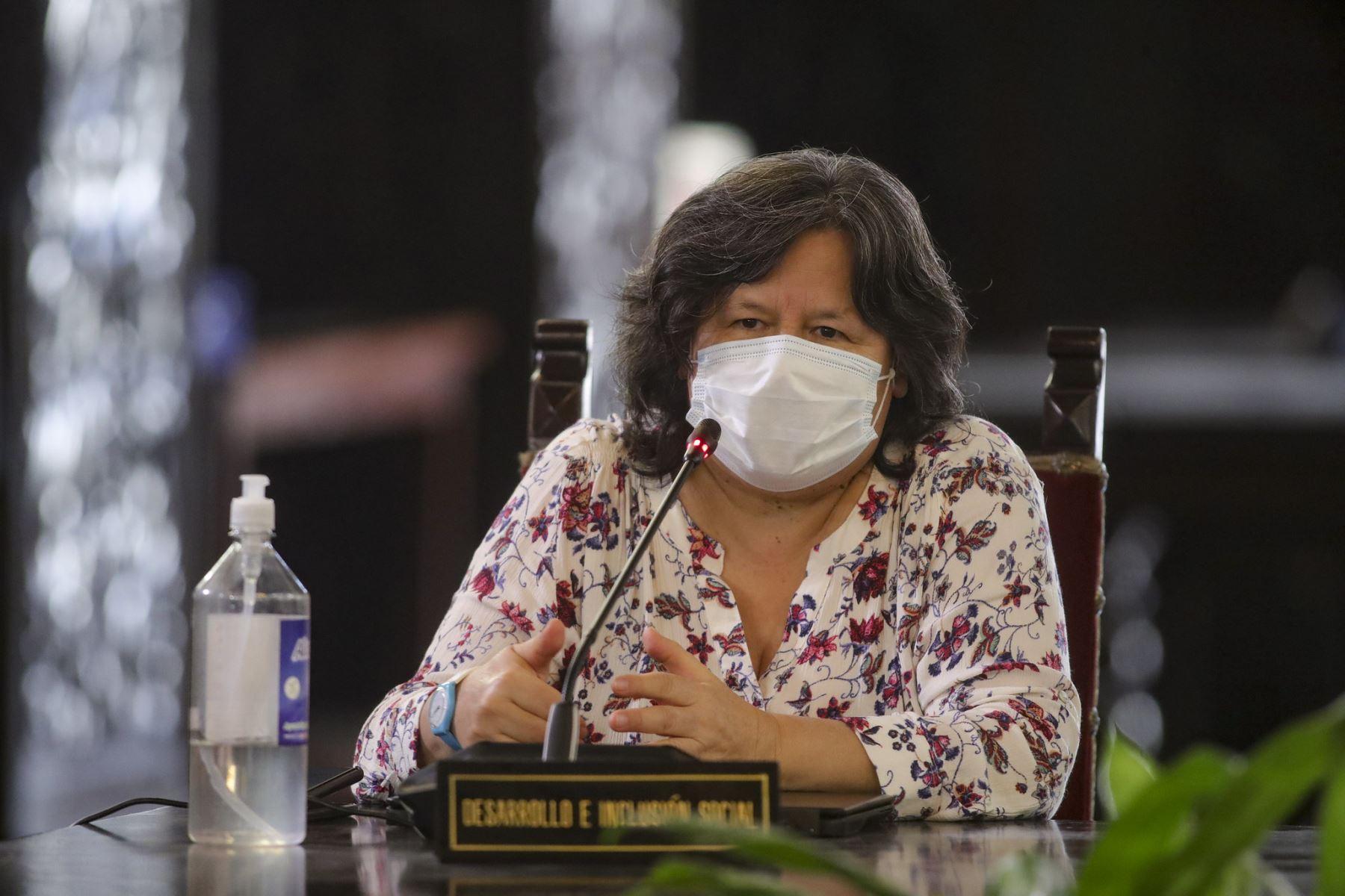 Ministra de Desarrollo e Inclusión Social, Ariela Luna, participa en conferencia. Foto: ANDINA/Prensa Presidencia