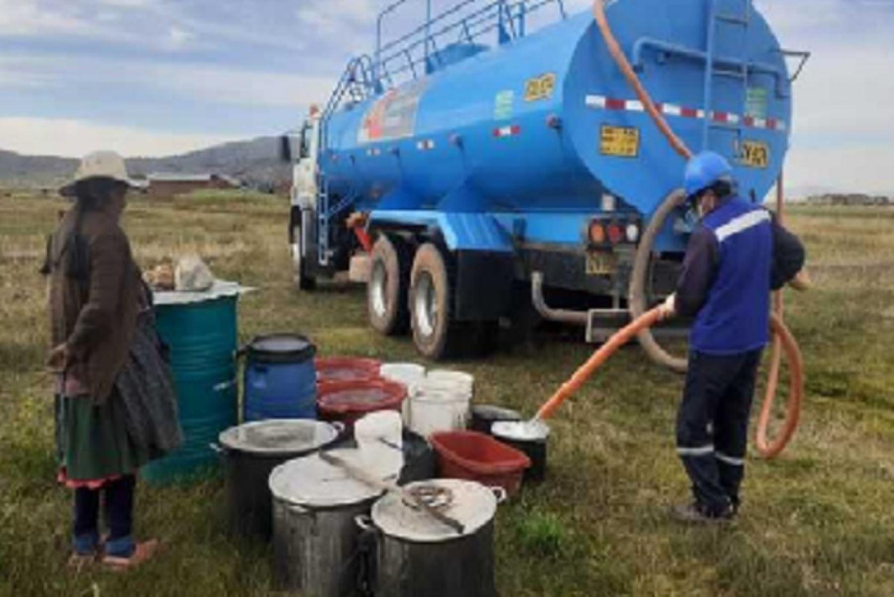 La distribución del agua potable se realizará en las comunidades de Hilata, San Cristóbal, Collpa, Isañura y Capano, en el distrito de Capachica; así como en las localidades de Carata, Llachahui, Sucasco, Lluco, Jochi San Francisco y Arroyo, en Coata; y en las comunidades Yasin y Faon, en Huata.