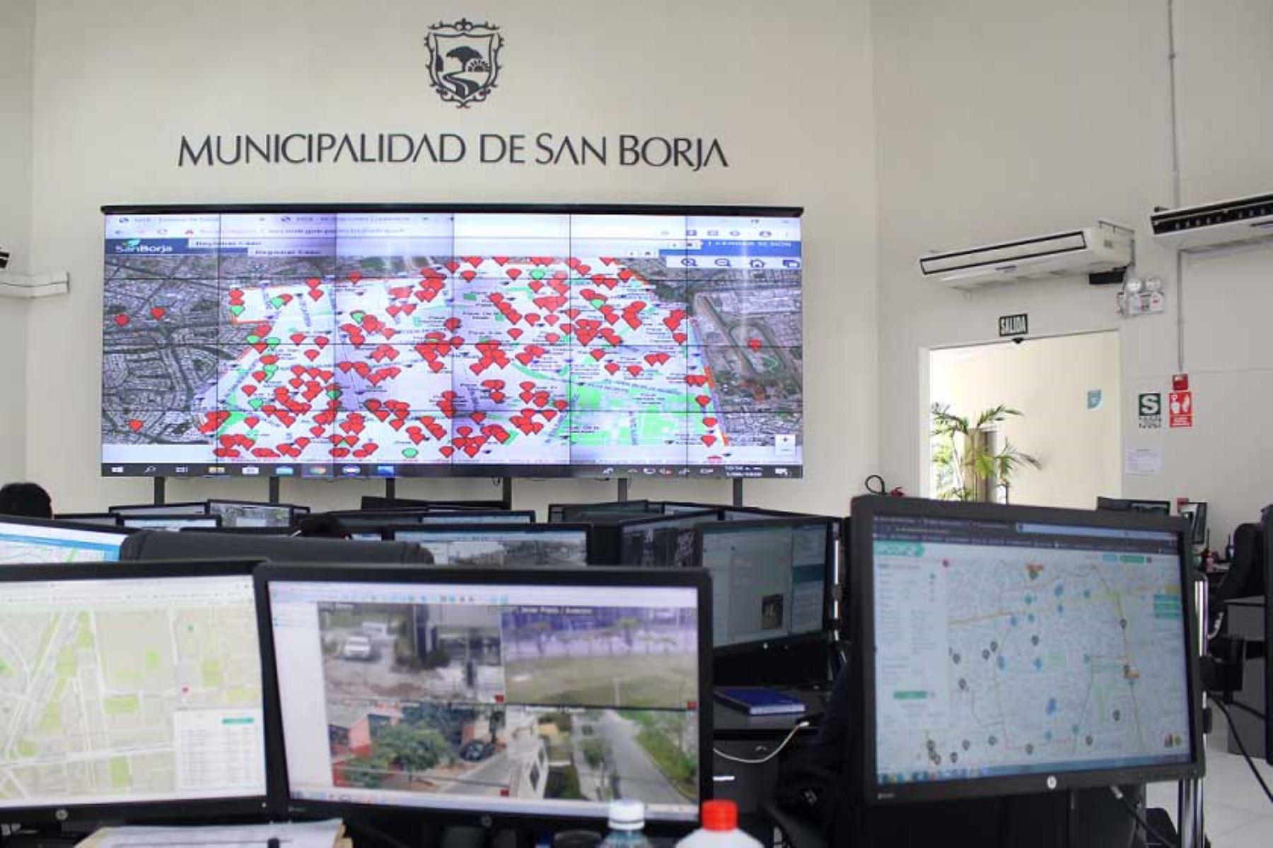 Vecinos de San Borja contagiados por coronavirus seán monitereados por el observatorio municipal del distrito, el primero de un gobierno local. ANDINA/Difusión