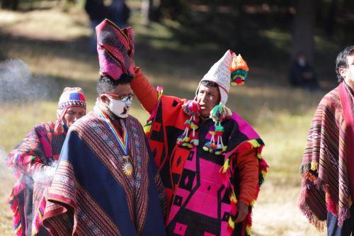 Coronavirus: Autoridades locales y sacerdotes andinos de Cusco piden a la Pachamama, el cese de la pandemia del covid-19