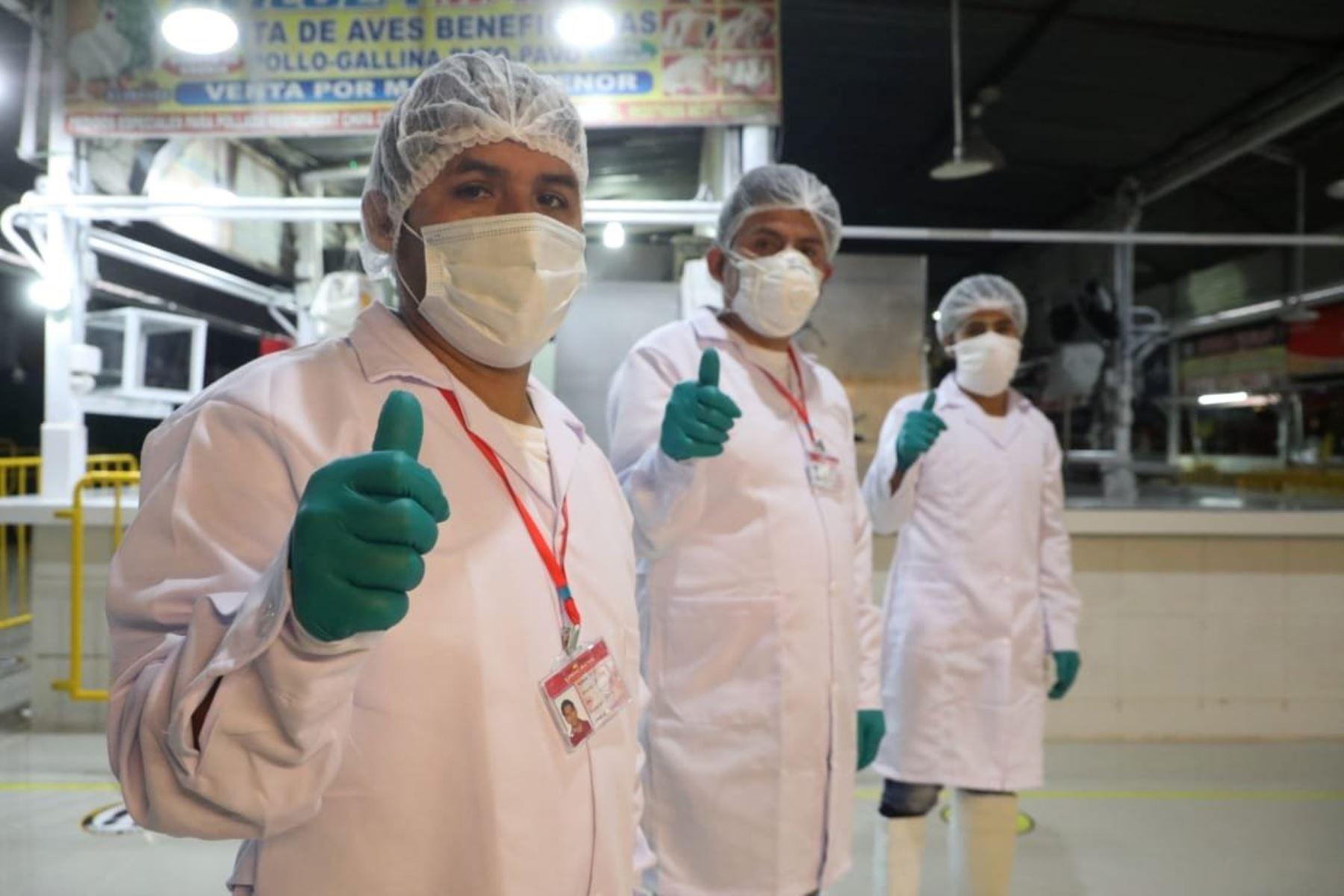 Produce anuncia la reapertura del mercado San Pedro de Unicachi que concentra a más de 100 comerciantes cumpliendo con las disposiciones de orden, limpieza, seguridad y salubridad, para evitar al coronavirus. Foto:PRODUCE
