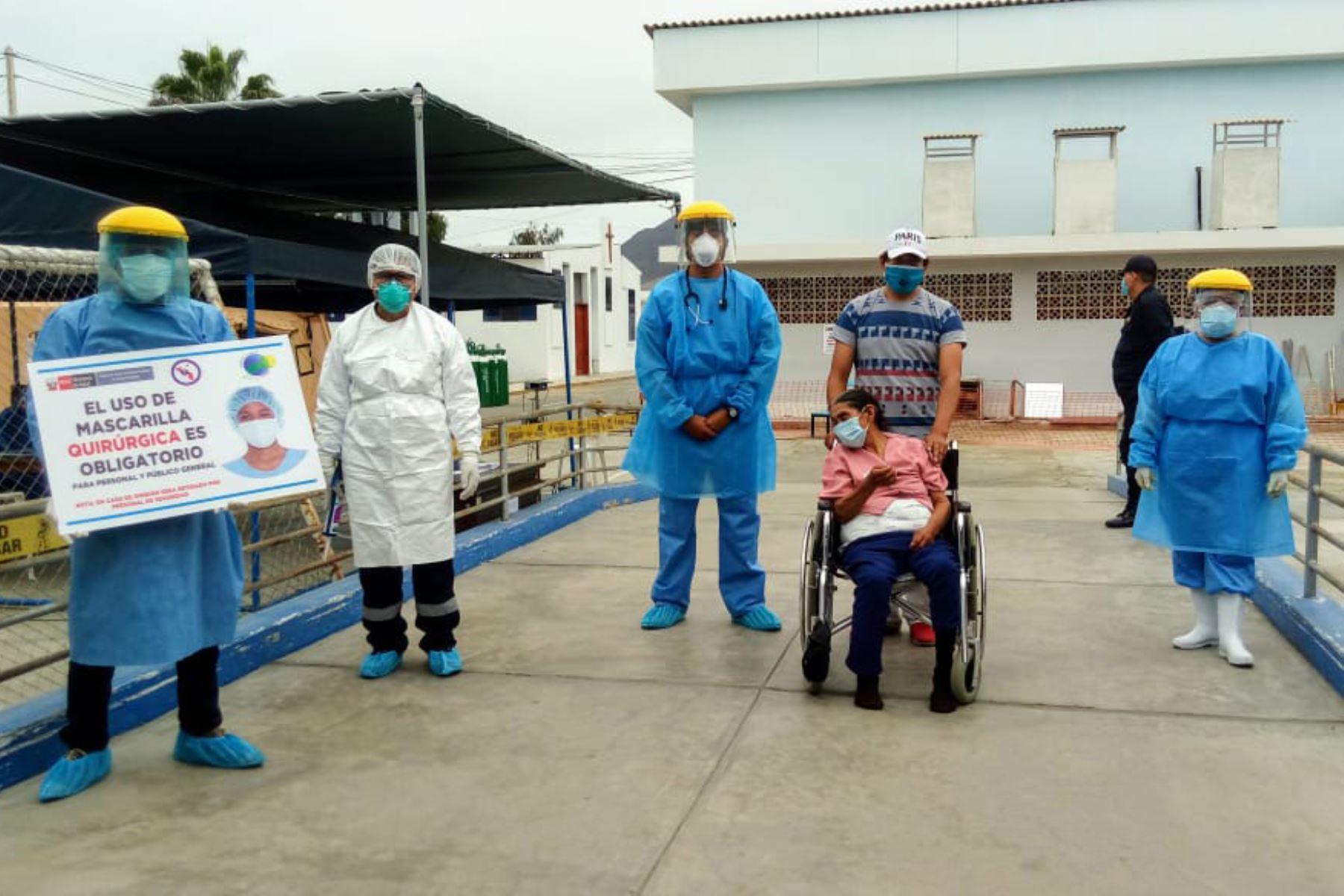 Una septuagenaria con derrame cerebral y tres portadores de VIH vencieron al nuevo coronavirus y retornaron a sus viviendas. Foto: Cortesía Gonzalo Horna