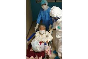 La paciente estuvo cinco días en estado crítico. Poco a poco requería menos oxígeno hasta que se le retiró del todo y se le dio de alta. Foto: ANDINA/Difusión