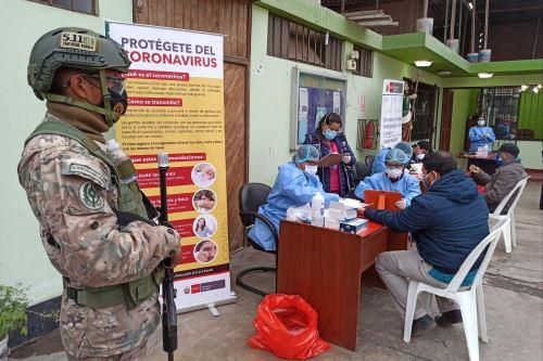 Coronavirus: Pruebas rápidas de diagnóstico Covid-19 a 100 conductores y cobradores de la ruta San Miguel - Villa María del Triunfo