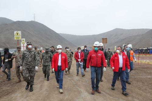 Coronavirus: Ministros de Defensa y Vivienda supervisan el reinicio de obras del proyecto La Alameda del Rímac